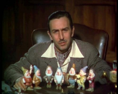 Walt_Disney_Snow_white_1937_trailer_screenshot_(12).jpeg