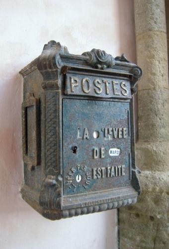 boites-a-lettres-cerisy-la-foret-france-1404042919-1222844-1.jpg